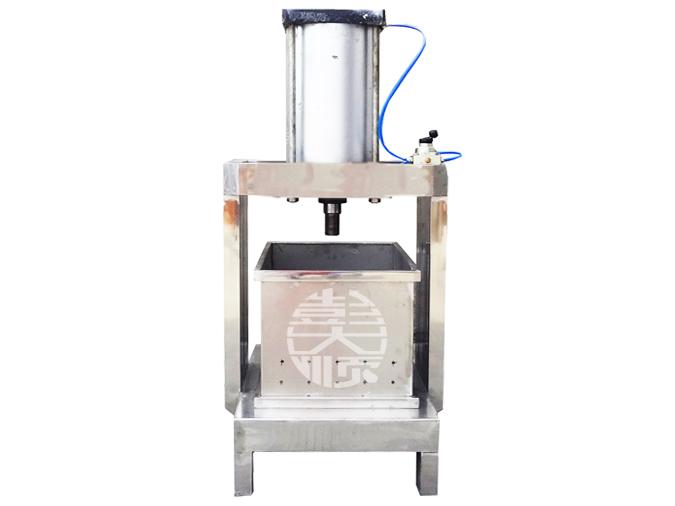 小型豆干压制机